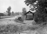 Pudding River covered bridge in Marion County, Oregon, 1936