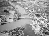 Aerial view of Willamette River at Salem, Oregon, 1948