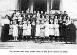 Second and third grade class at Park School in Salem, Oregon, 1905