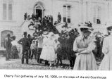 Cherry Fair gathering at the Marion County Courthouse in Salem, Oregon, 1908